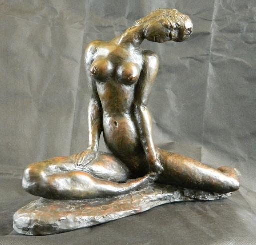 Wilhelm LEHMBRUCK - Escultura - Sitzendes Mädchen