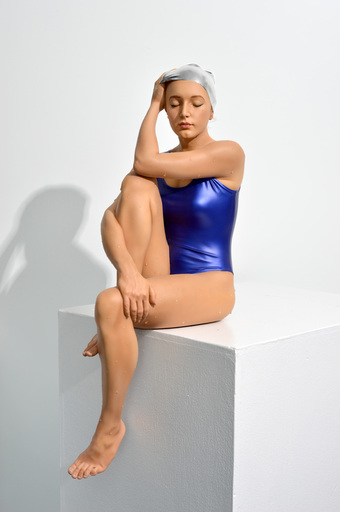 Carole FEUERMAN - Skulptur Volumen - Midpoint II (Table - Top) w/ Ultramarine blue Suit