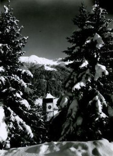 Emil MEERKÄMPER - Fotografie - Im Schmuck des Winters. Blick auf Bremnbühl bei Davos.