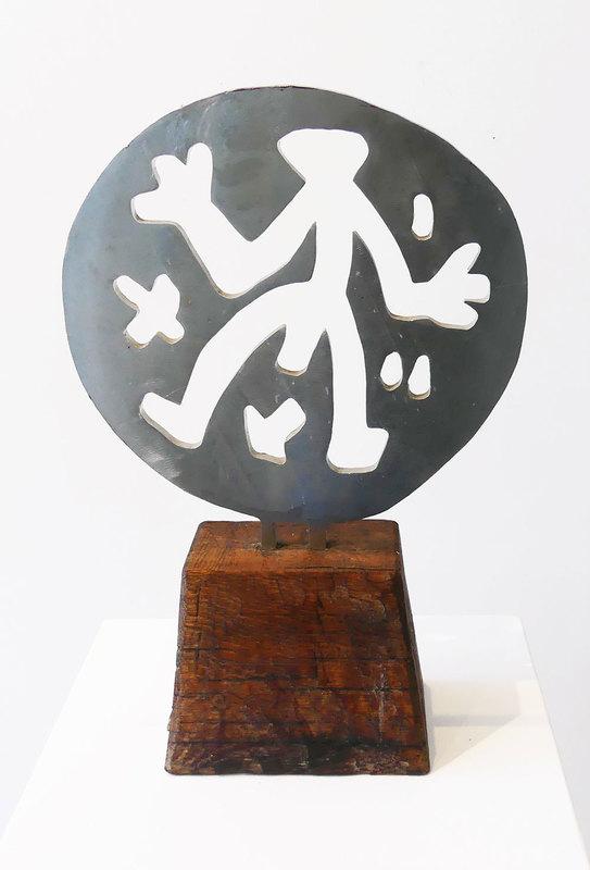 A.R. PENCK - Escultura - Standart in Weltenrund