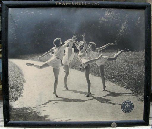 Alfons TRAPP - Photography - RONDE DE DANSEUSES