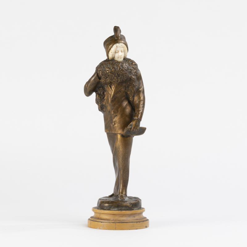 Emil THOMASSON - Skulptur Volumen - Emil Thomasson (XIXe-XXe), Élégante au manchon, XXe