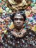Irina BAST - Skulptur Volumen - Black man and lion