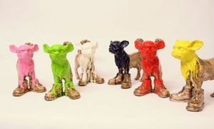 William SWEETLOVE - Estampe-Multiple - Cloned bronze Chihuahua with colored head