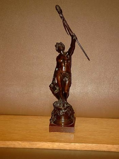 Max WIESE - Sculpture-Volume - Nackte Frau mit Speer und Amphore