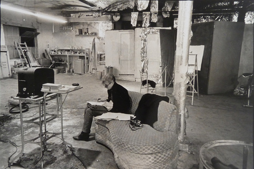 Nat FINKELSTEIN - 照片 - Andy Warhol´s Factory - Warhol Sitting in the Facto