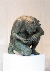 Beth CARTER - Sculpture-Volume - Crouching Minotaur