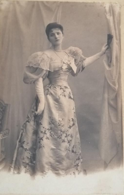 Léopold Émile REUTLINGER - Fotografia - Portrait de femme