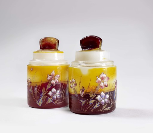 Émile GALLÉ - A PAIR OF ENAMELLED CREAM JARS, CIRCA 1900