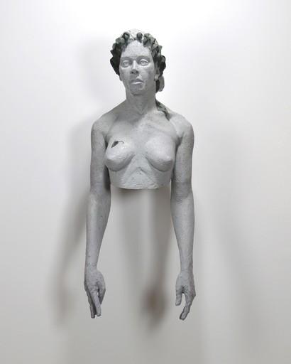 Nicholas CROMBACH - Sculpture-Volume - Woman wearing Wilting Laurels 1 of 3