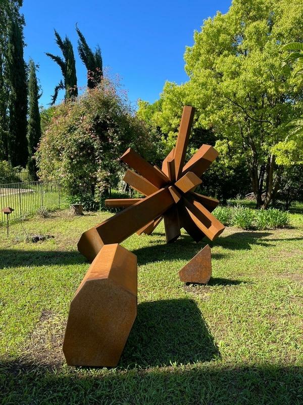 Arik LEVY - Escultura - RockGrowth 304 Corten