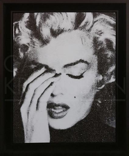 罗素·杨 - 绘画 - Marilyn Crying (dove wihte)