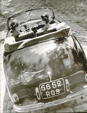 Robert DOISNEAU - Photography - (Two women in car, Simca advertisment)