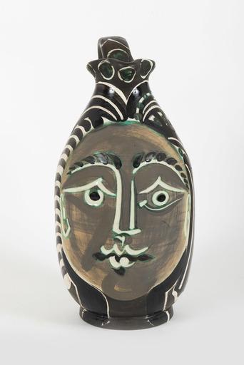 Pablo PICASSO - Ceramic - Femme du barbu