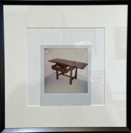 安迪·沃霍尔 - 照片 - Photographie Polaroïd « bureau » 1976