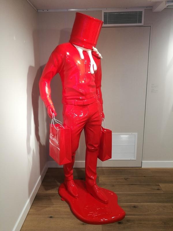 David DAVID - Sculpture-Volume - Shopping Man in Art - Rouge et Blanc