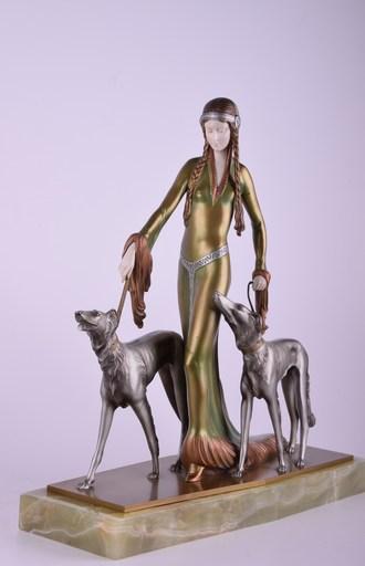 Otto POERTZEL - Sculpture-Volume - Medieval Lady