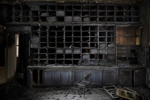 Henk VAN RENSBERGEN - Fotografia - The Burnt Library