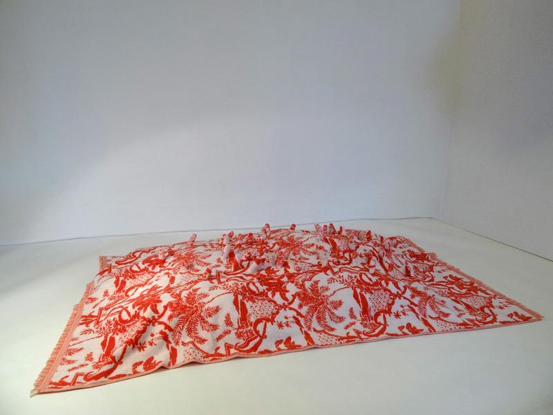 Elodie ANTOINE - Escultura - Drap de plage Tactile