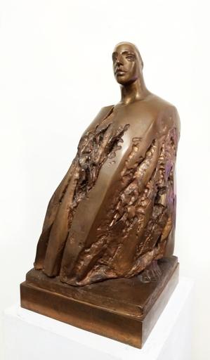 Giuliano VANGI - Skulptur Volumen - Ragazza con ampio vestito