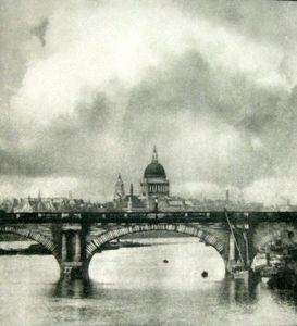 Alvin Langdon COBURN - Photo - St Paul's from the Thames
