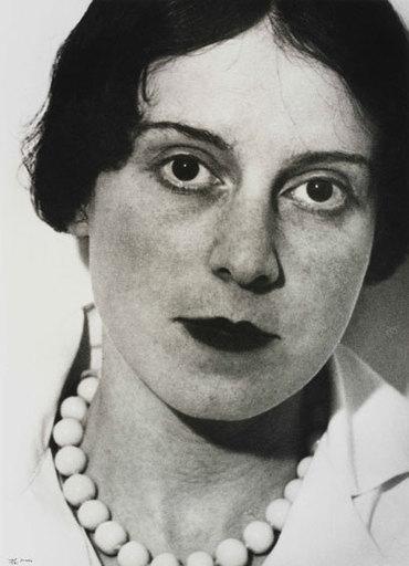 Ilse BING - Fotografia - Self Portrait