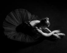 Hartmut DE MAERTELAERE - Photography - Ballerina    (Cat N° 6489)