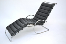 Ludwig MIES VAN DER ROHE (1886-1969) - Chaise Longue -  1931