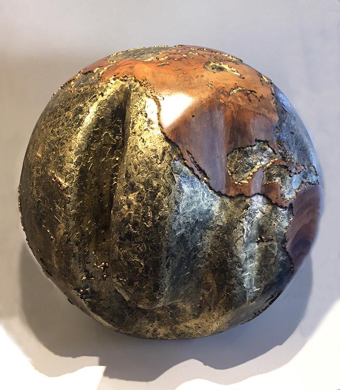 Bruno HELGEN - Sculpture-Volume - Globe Ø40cm Skin Gold