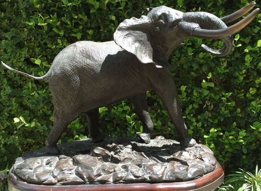 Robert GLEN - Sculpture-Volume - Bull Elephant